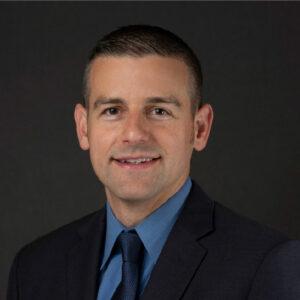 Dr. Justin Baeder